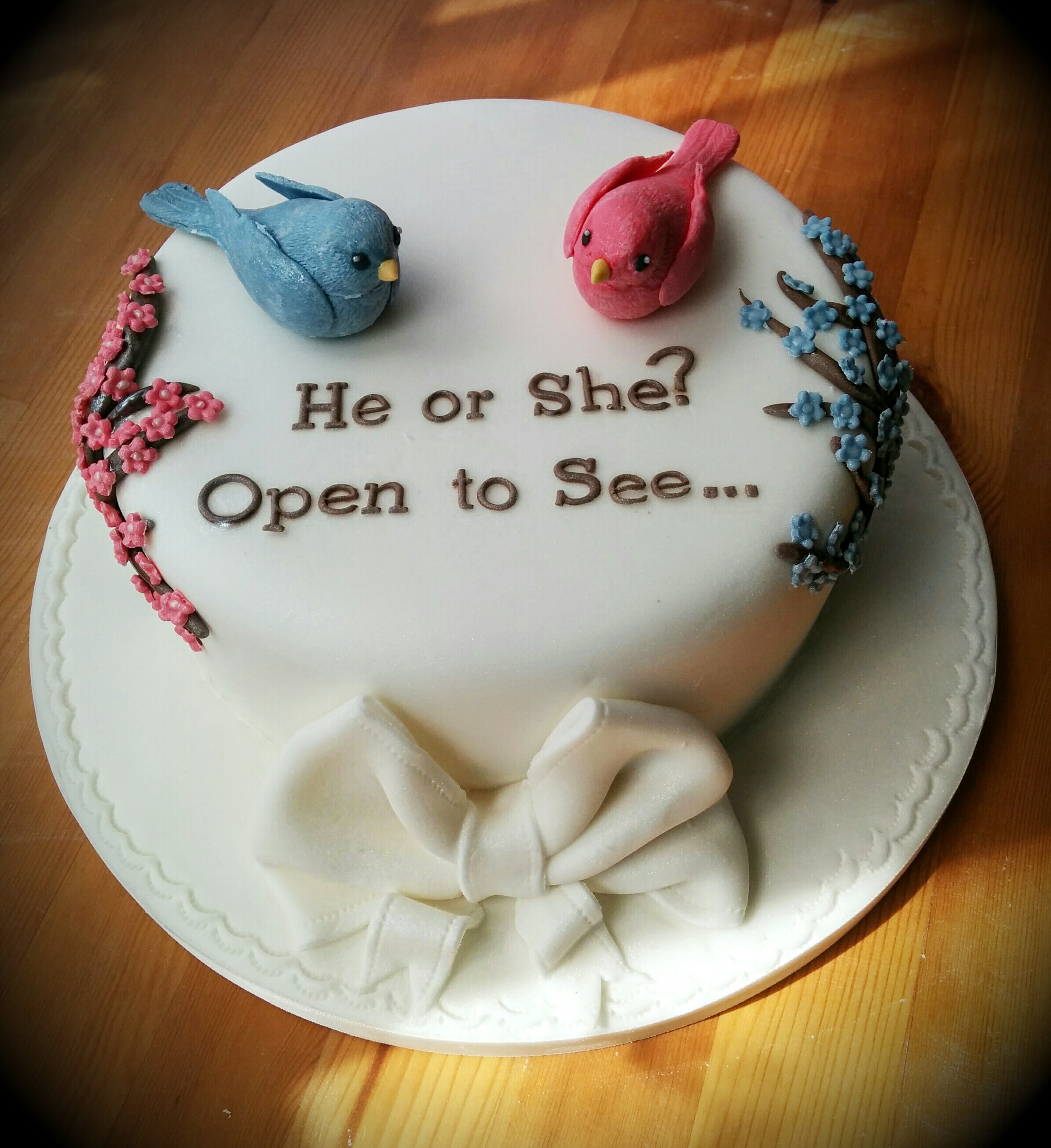 What's the deal with gender reveal cakes?